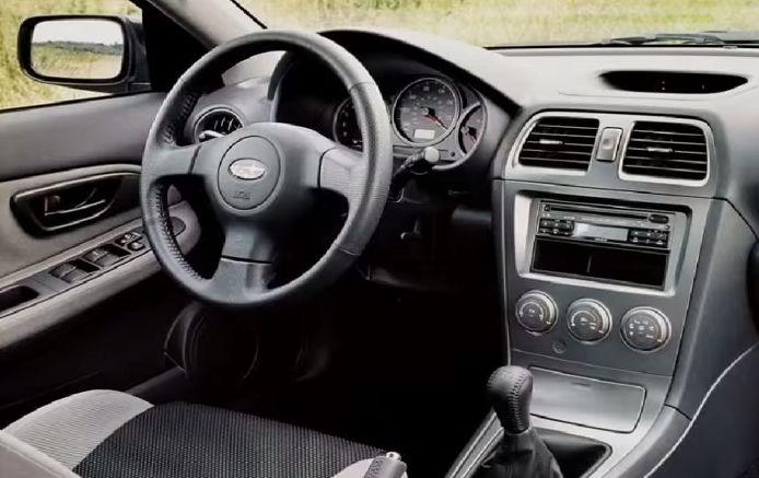 2005 subaru impreza wagon interior